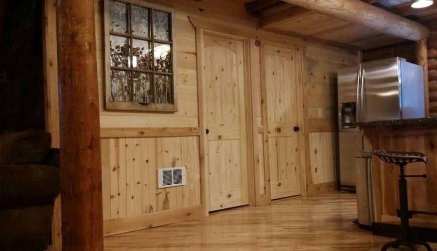 t&g knotty pine panels